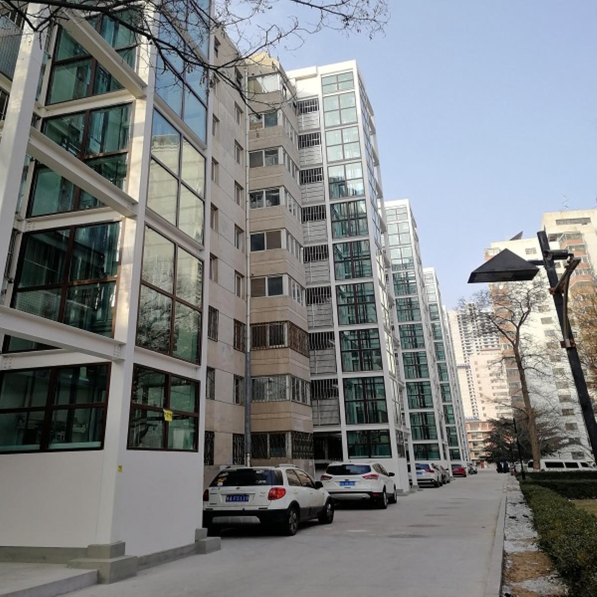 兰州大学城关校区西区住宅小区8号楼5部增设电梯通过验收