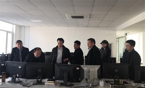 杨勇平考察我校学科性公司