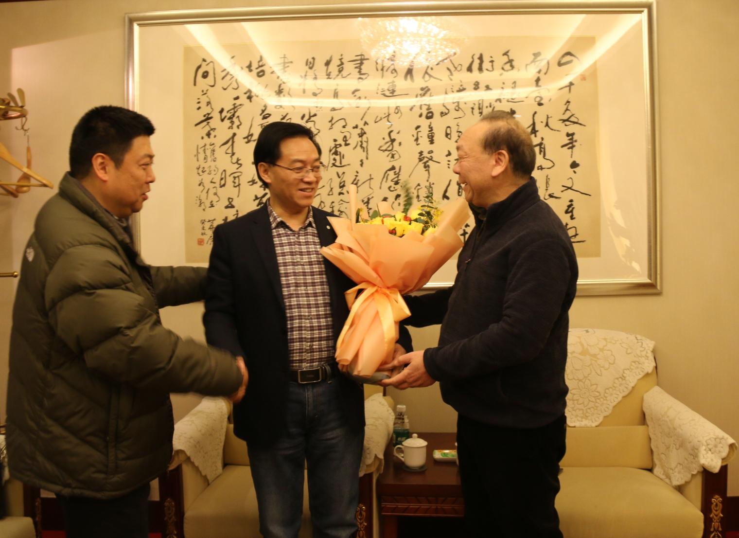 省科技厅领导慰问陈代文教授