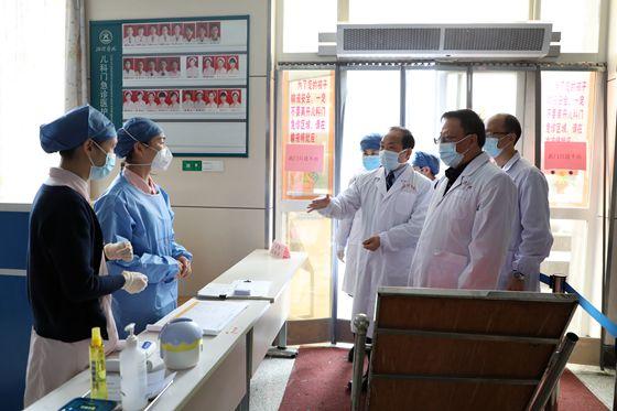 湘雅医院开展新冠肺炎疫情防控期间安全生产检查