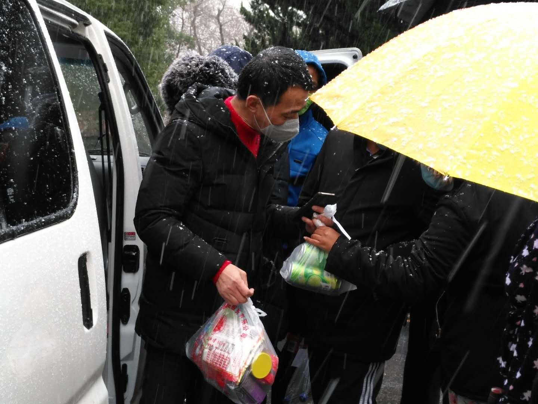 """【战""""疫""""快报】珞珈自强超市:师生宅家,物资无忧"""