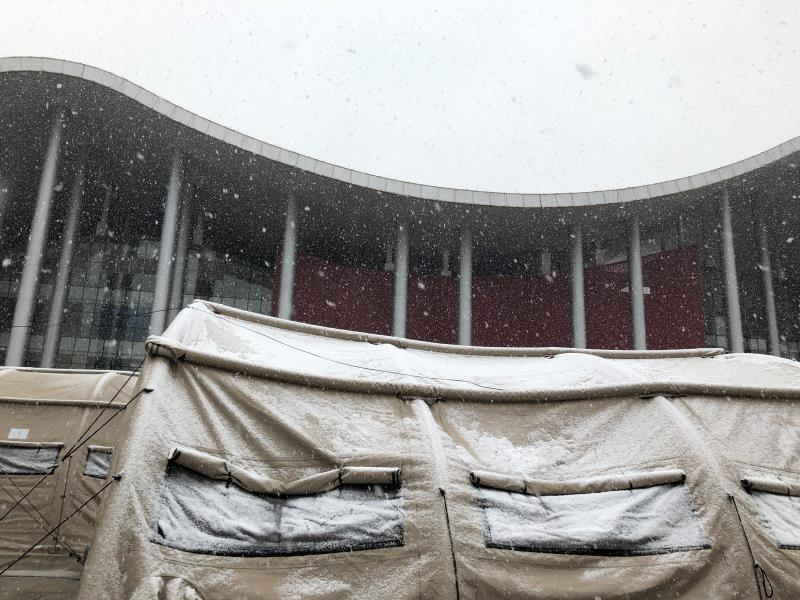当大雪降临时——同济大学附属东方医院帐篷医院武汉疫区抗雪记