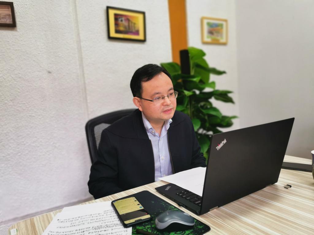 """首期双创""""云讲座""""开讲潘安练教授点燃创新创业第二课堂"""