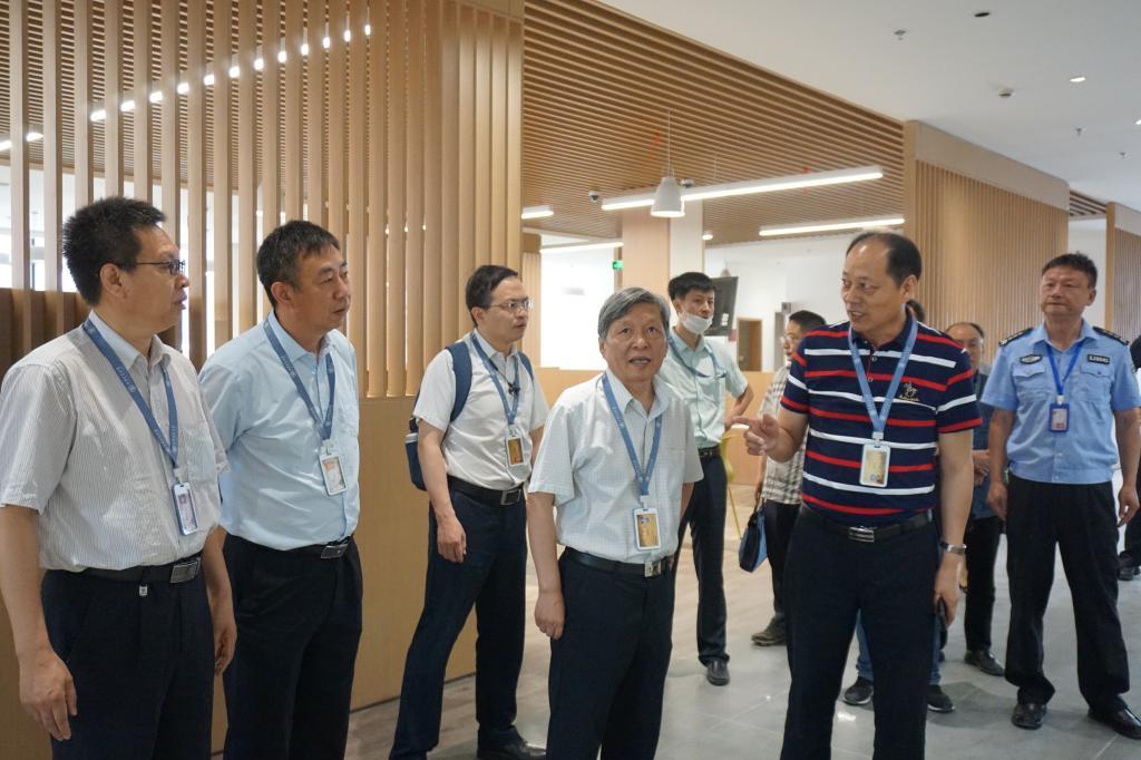 王树国带队检查创新港后勤保障工作