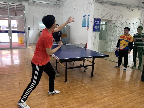 光电学院顺利举办2021年乒羽台娱乐赛