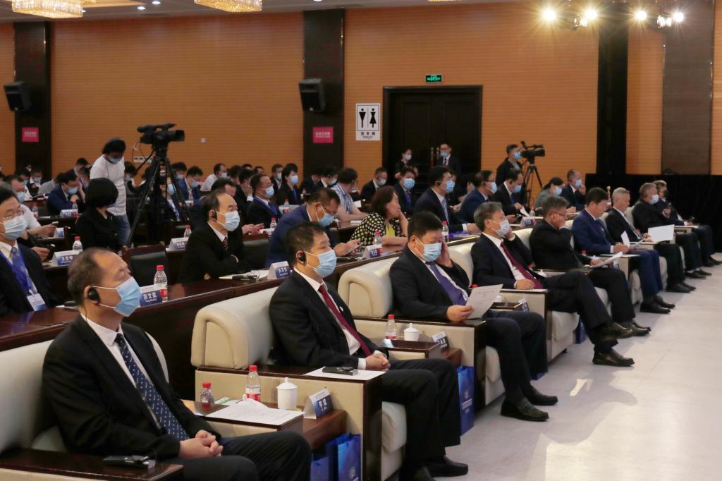我校承办2021国际产学研用合作会议(哈尔滨)