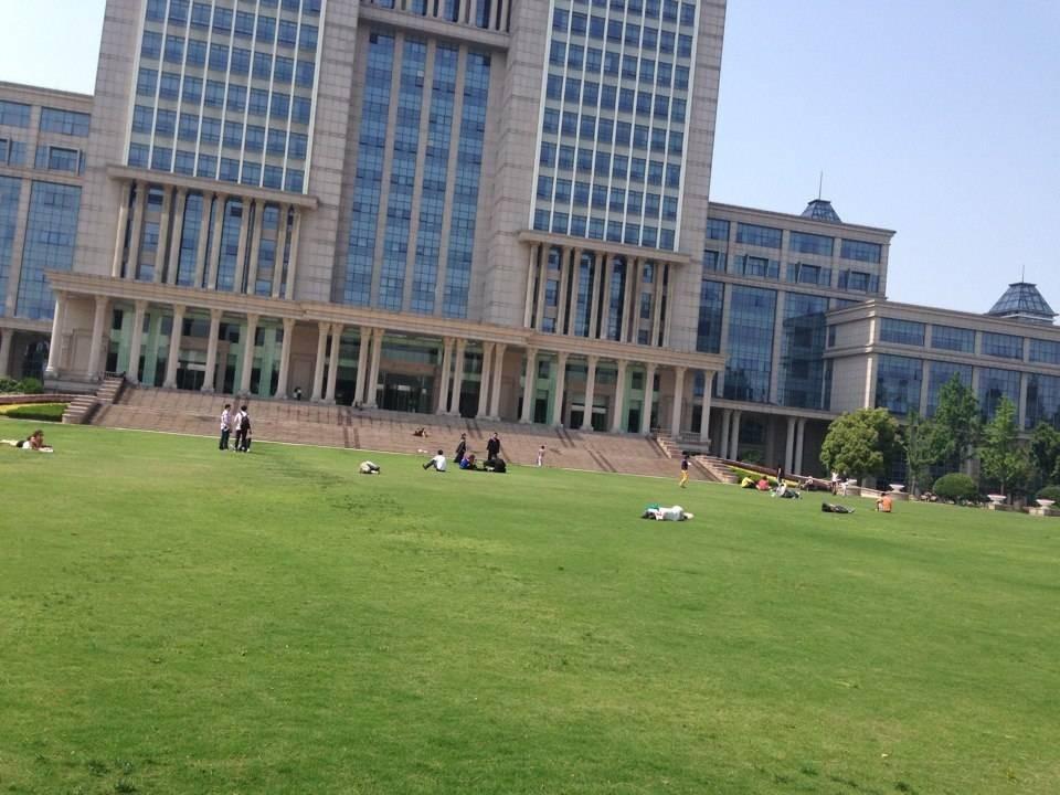 复旦、上海交大等7所上海高校成为首批军转干部承训单位