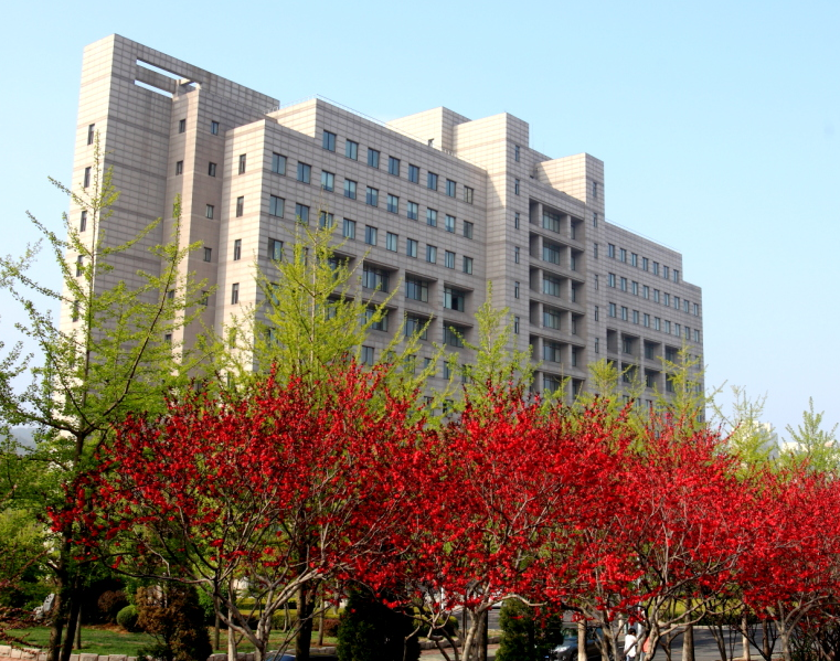 东北财经大学院校风光