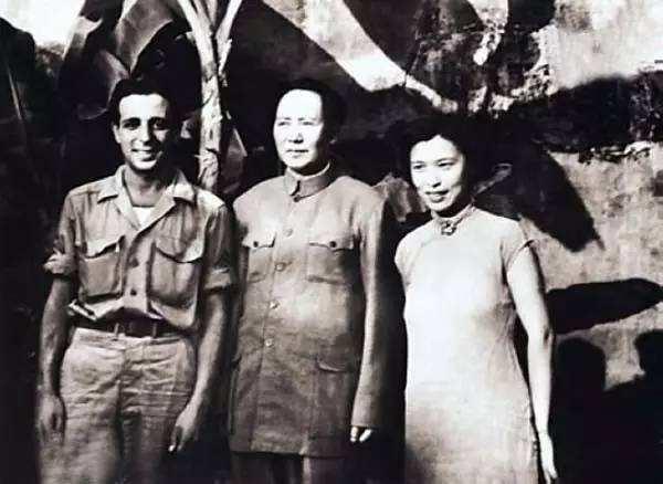 《毛泽东与斯诺》第二集再度握手