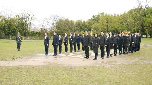 瑞金革命传统文化教育学院举行清明公祭活动