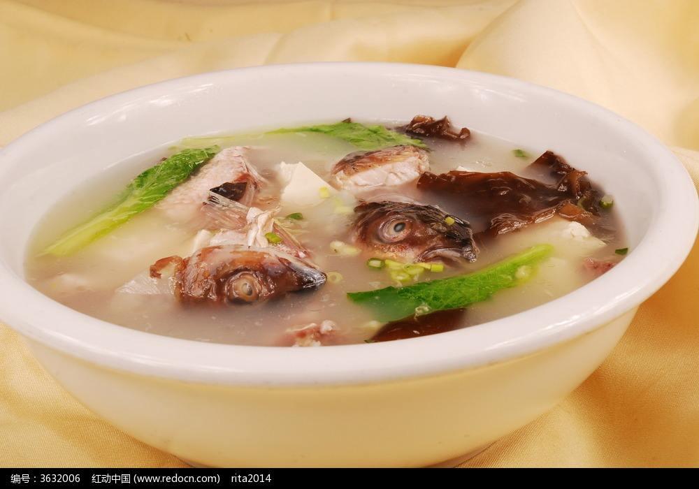 祁阳墨鱼豆腐汤