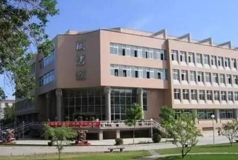 校园风光-新疆干部培训