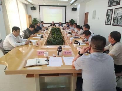 学院召开第17期省部级干部党性修养专题培训班教学质量评估座谈会