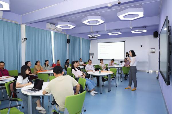 """助力语言国际化 """"提升国际交流能力""""专题培训第六讲开讲"""