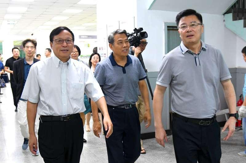 上海凯赛生物技术研发中心有限公司、山西转型综改示范区负责人一行莅校调研