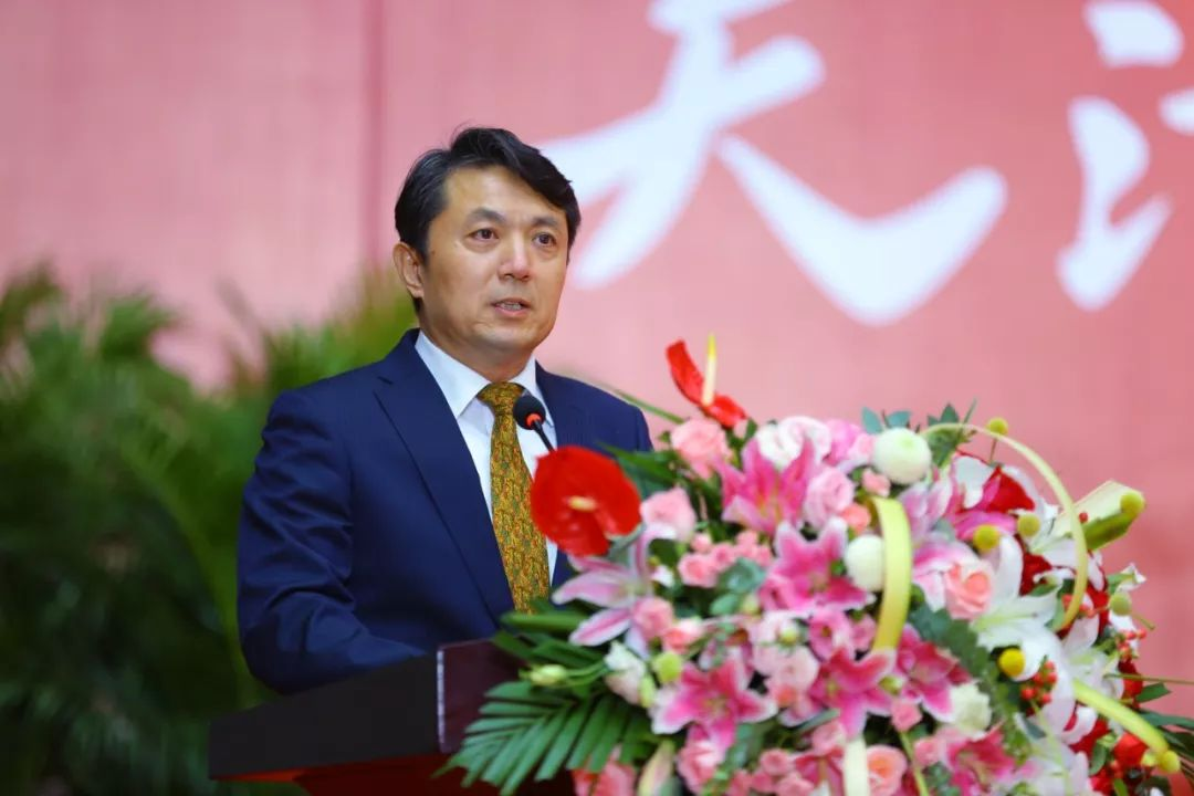 校长颜华在2019年开学典礼上的讲话