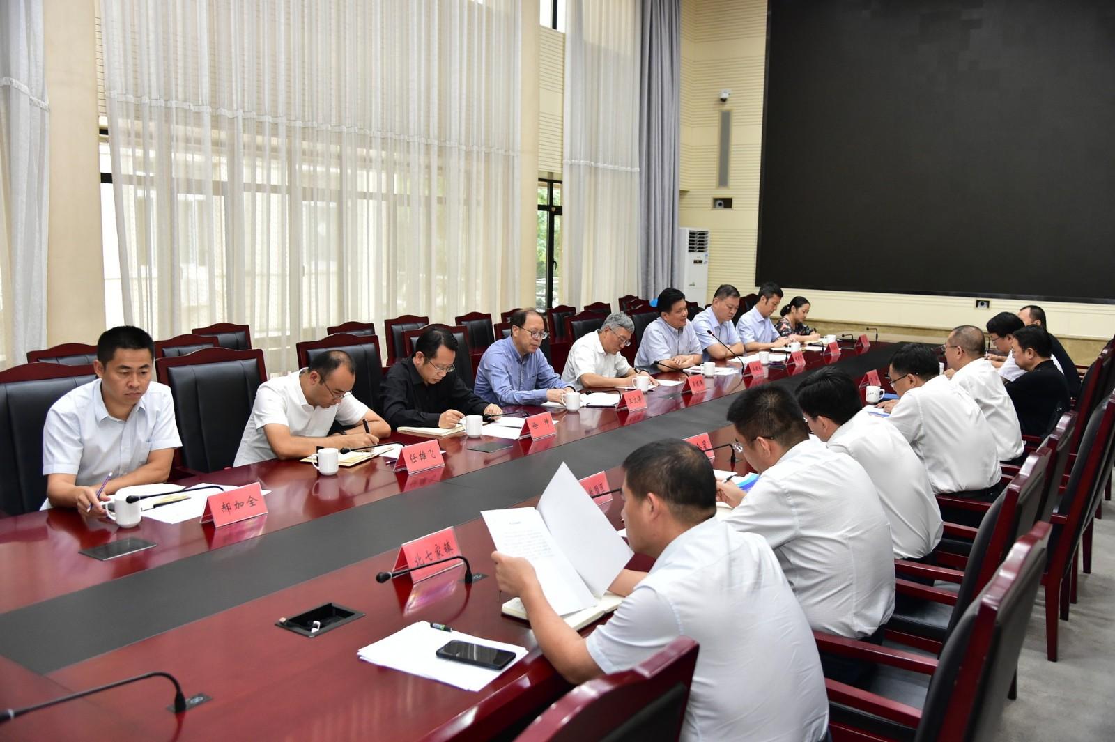 北京邮电大学与昌平区举行合作交流座谈会