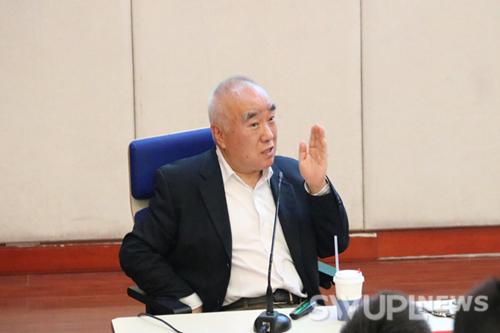 李希光:最勤奋的一代中国人看新中国七十年