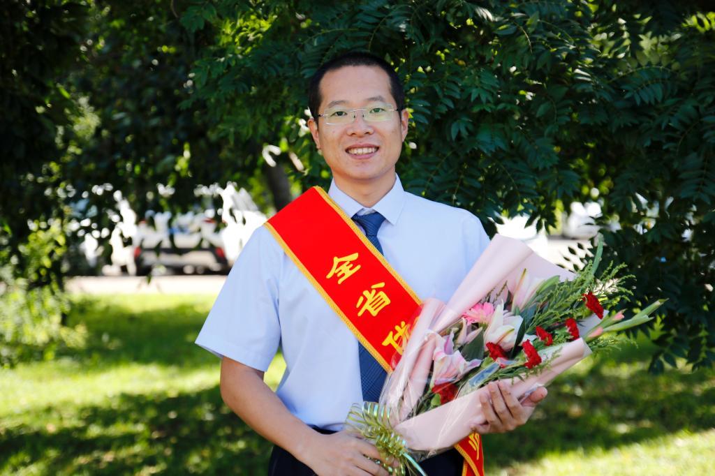 【教育报国守初心】系列报道(三)2019年黑龙江省优秀教师:焦扬