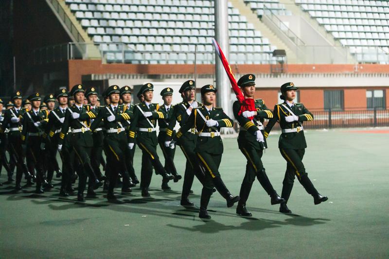 """北京体育大学举行纪念""""一二·九""""抗日救亡运动84周年暨""""同升国旗、同唱国歌""""爱国主义教育活动启动仪式"""
