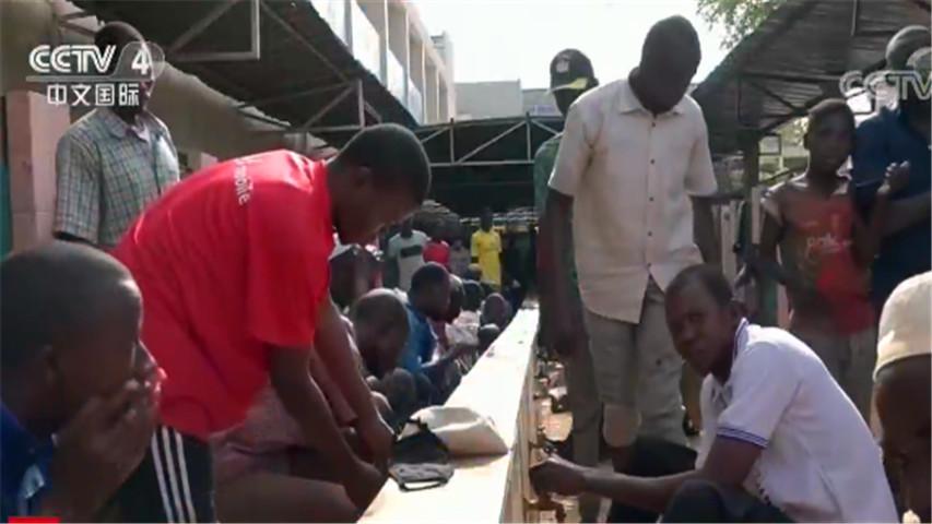 至少有16个非洲国家出现了大量社区传播病例