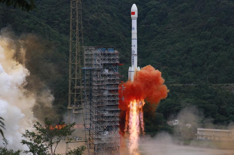 中国北斗 服务全球——写在我国完成北斗全球卫星导航系统星座部署之际