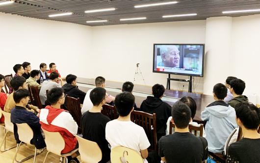 """我校学生荣获第十二届""""中国青少年科技创新奖"""""""