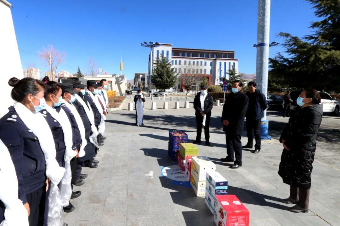 """西藏大学开展 """"走基层、送温暖""""活动"""