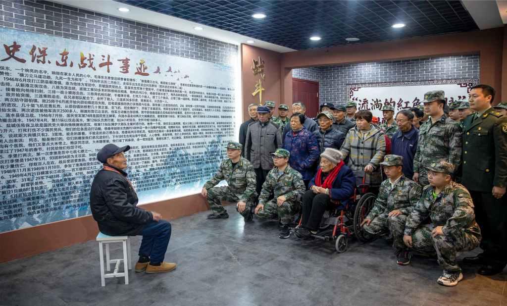 江苏泰州高港区:抗美援朝老兵、支前老党员、烈士后代一起讲党史
