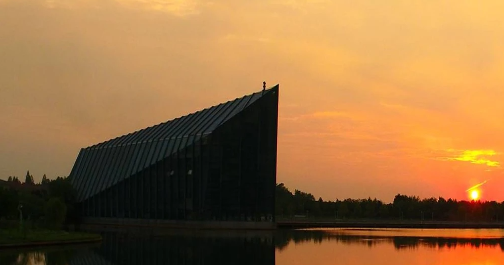 武汉市中山舰博物馆-湖北干部培训红色教育基地