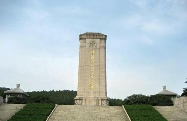 淮海战役烈士纪念塔-江苏红色教育培训基地