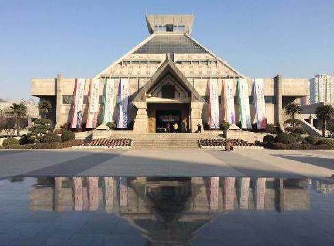 河南博物馆-河南红色教育培训基地